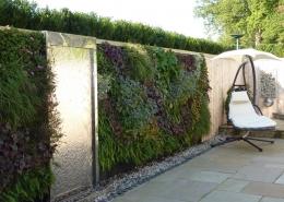Sophisticated Sunken Garden by Gardens 2 Design, Beaconsfield